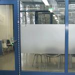 Glasdekor-Folie BLASENFREI zur Trockenverklebung, 1370 mm x lfm